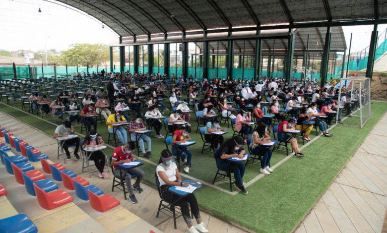 Photo of Bajo estrictas medidas de seguridad se desarrolló examen presencial CAEPU de la UNTUMBES